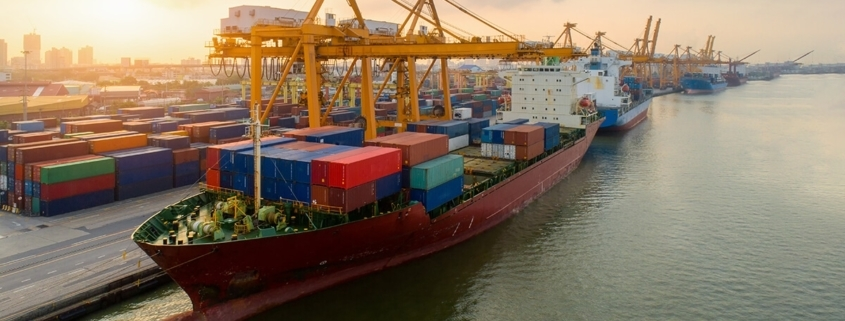 Supply-Chain-Container-Ship-in-Port-Congestion